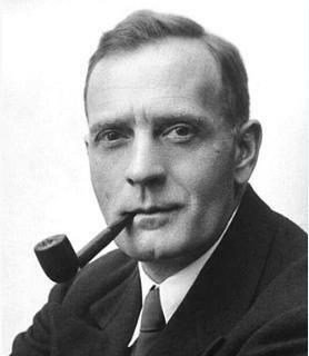 Foto do astrônomo Edwin Powell Hubble