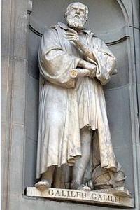 Estátua de Galileu Galilei em Florença