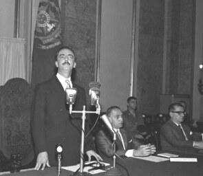 Foto de Jânio Quadros numa reunião com governadores